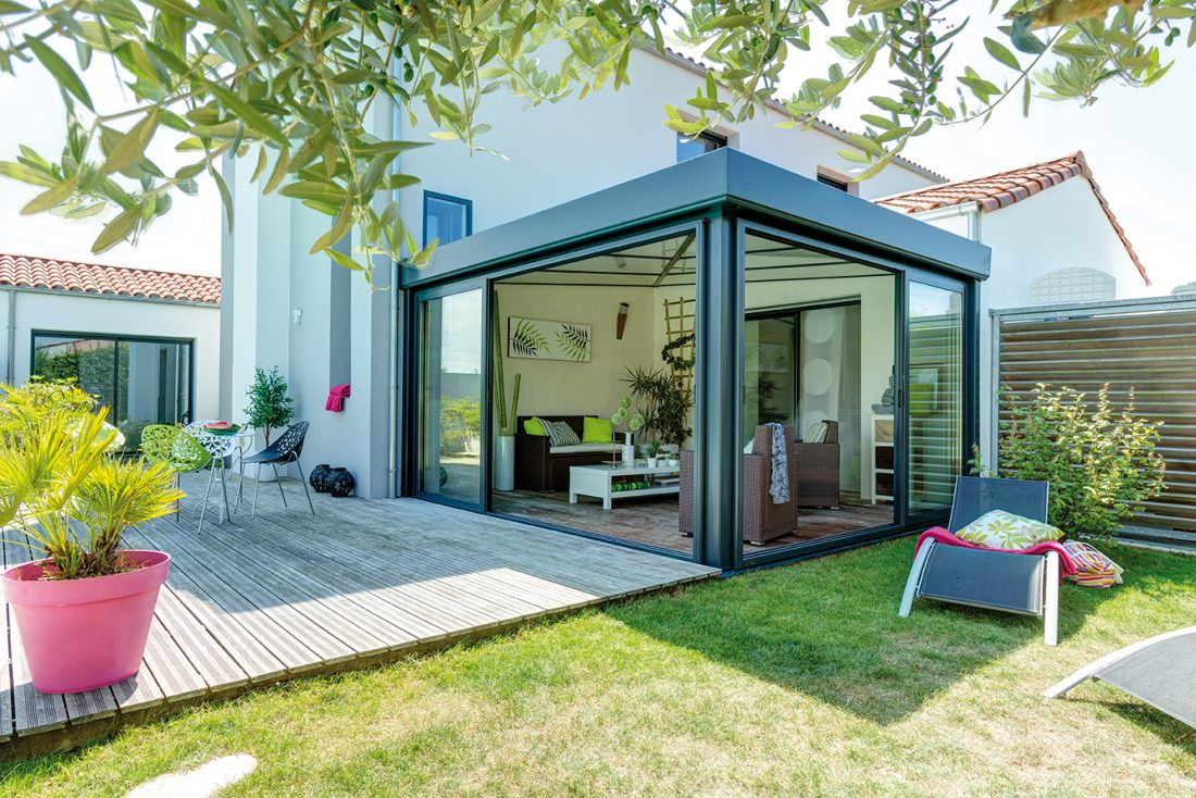 La véranda : une solution pratique pour agrandir sa maison - VillaVenir